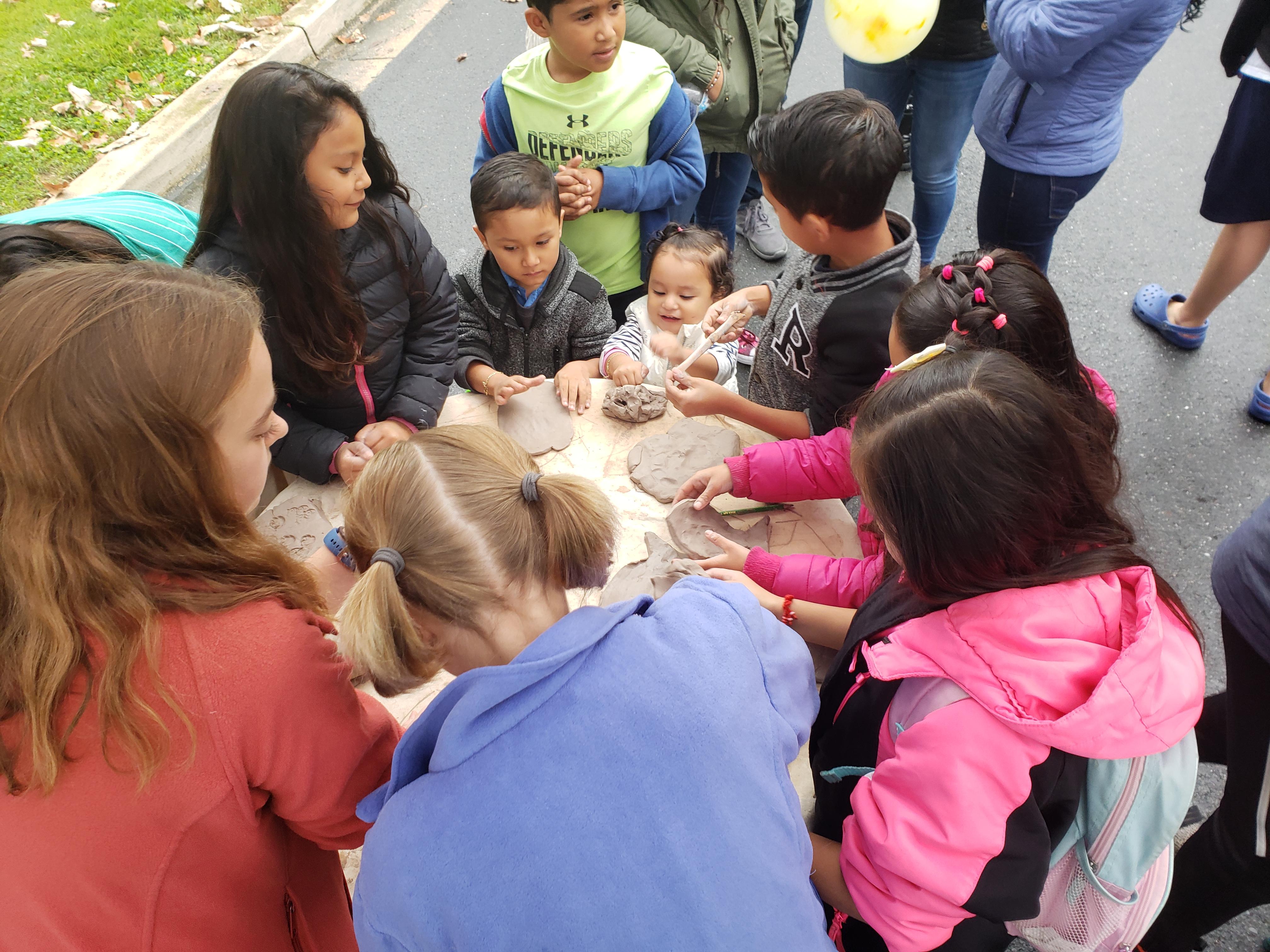 community mingling fish